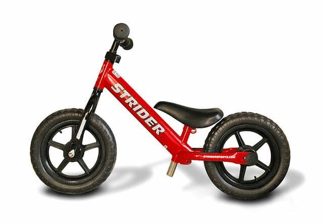 Bici-sin-pedales-roja