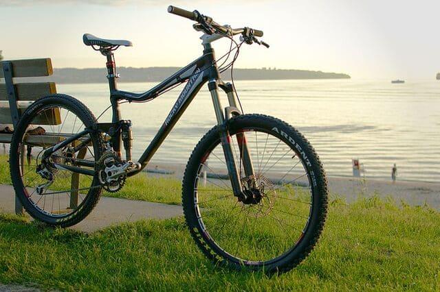 Bicicleta-MTB-Rocky-Mountain