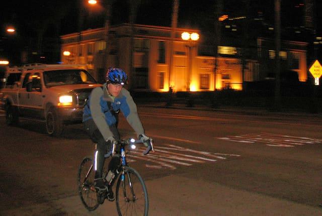 Ciclismo-de-Noche