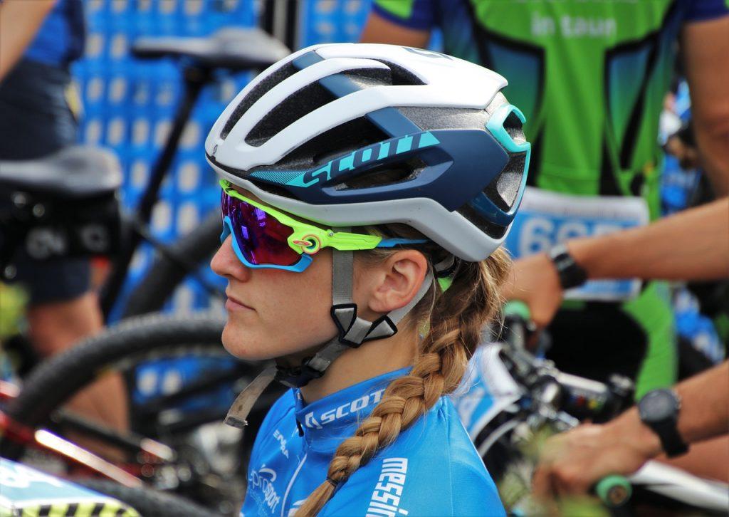 Ciclista-con-lentes
