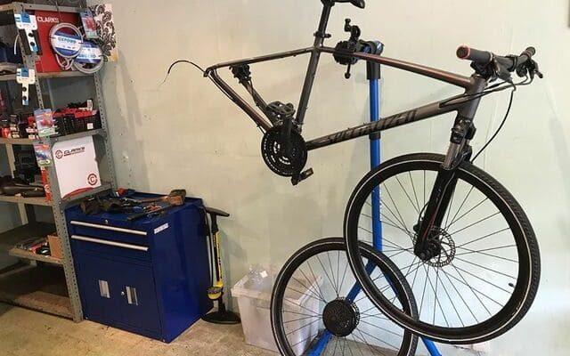 El-mejor-soporte-para-reparar-bicicletas